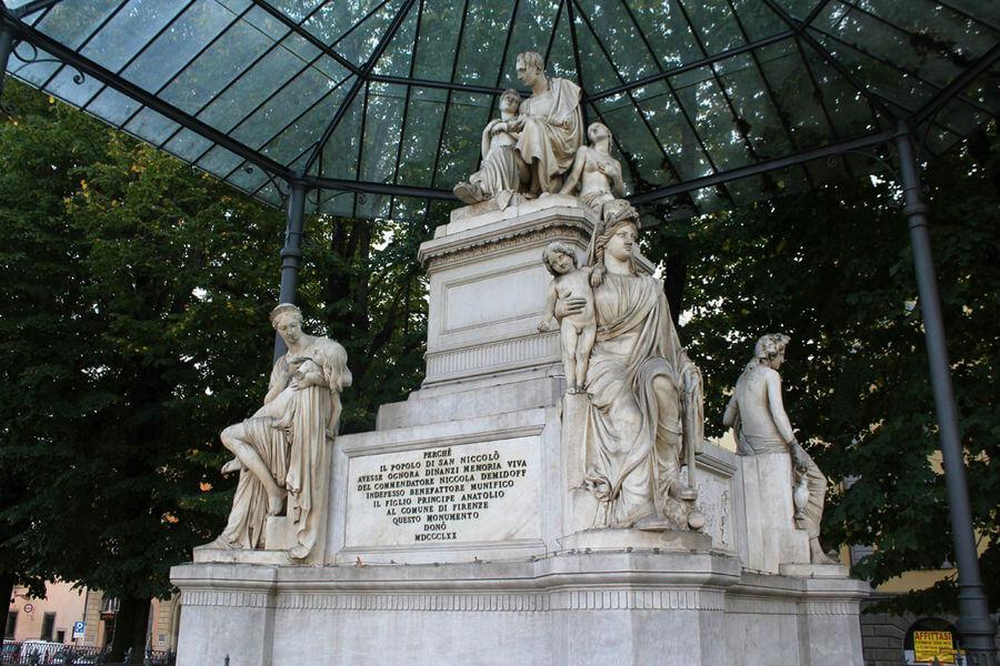Компьютерные технологии спасают памятники Флоренции