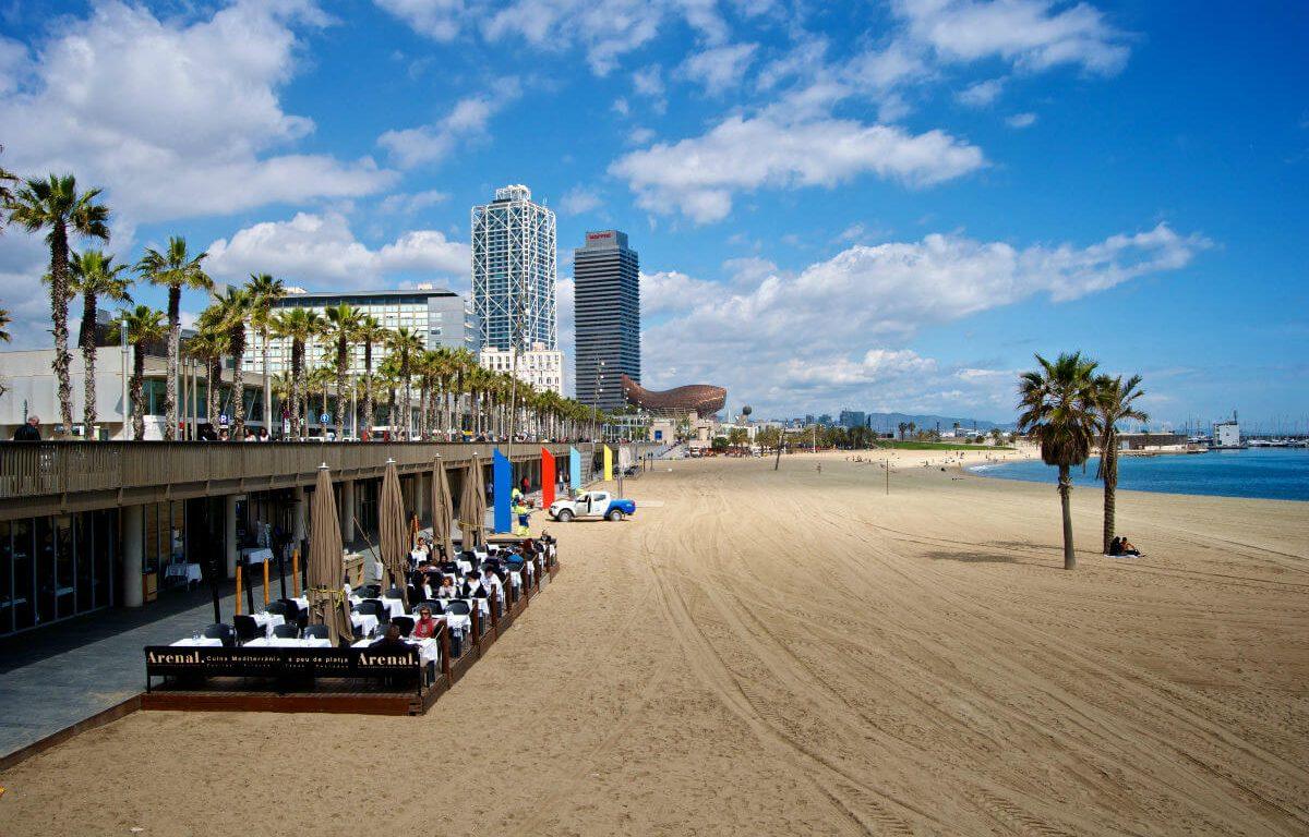 В Барселоне туристов ждут новые пляжи