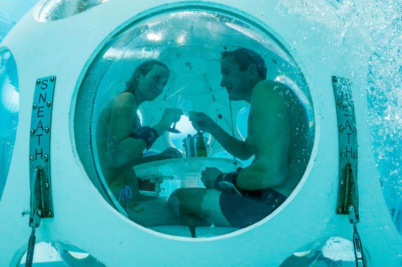 Подводный ресторан в Брюсселе