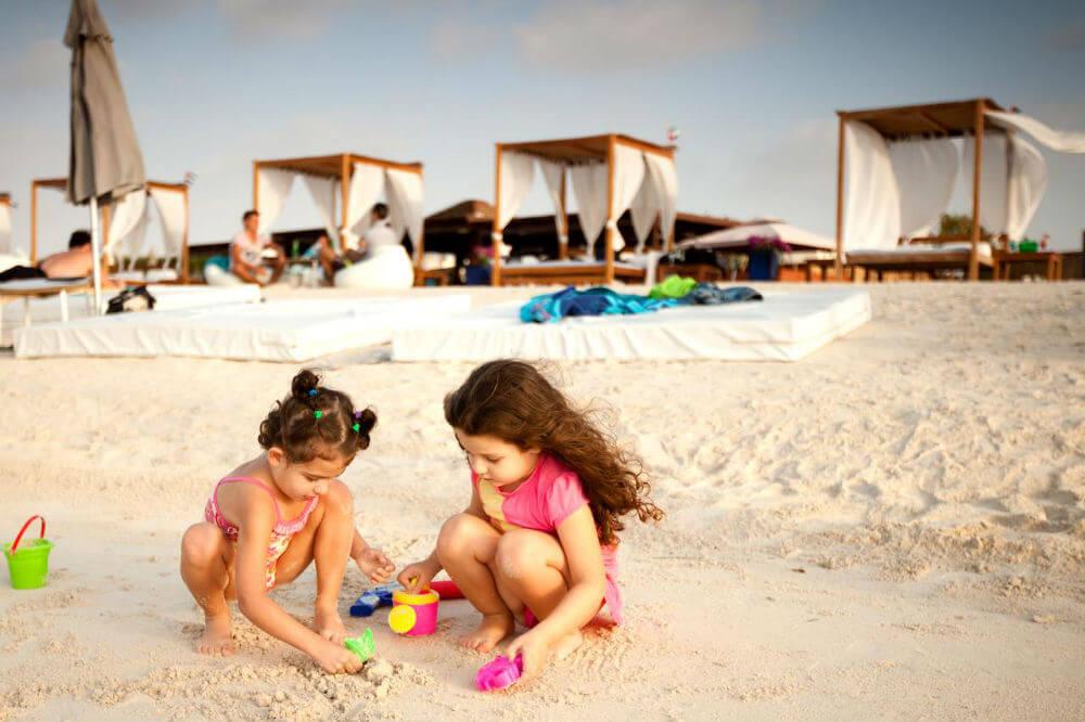 Дети могут отдохнуть бесплатно в ОАЭ