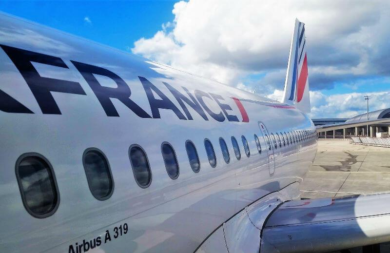 Французские бортпроводники предупредили о забастовке