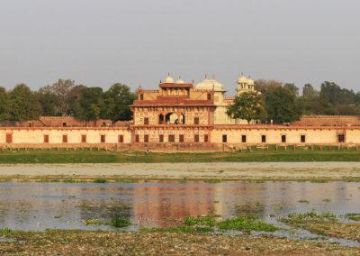 Итимад-уд-Даула — мавзолей, созданный для уединения