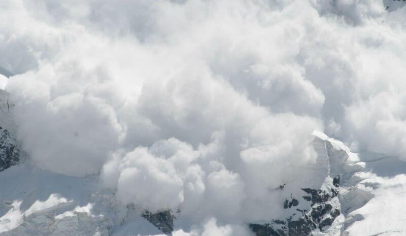 Опасность схода лавин во Франции