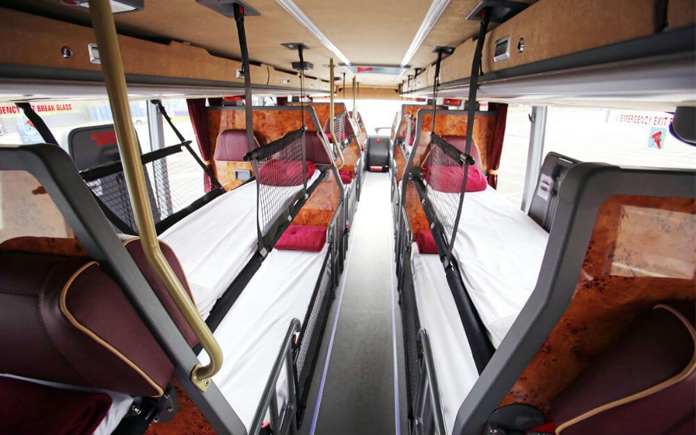 Британцы отказались от спальных автобусов