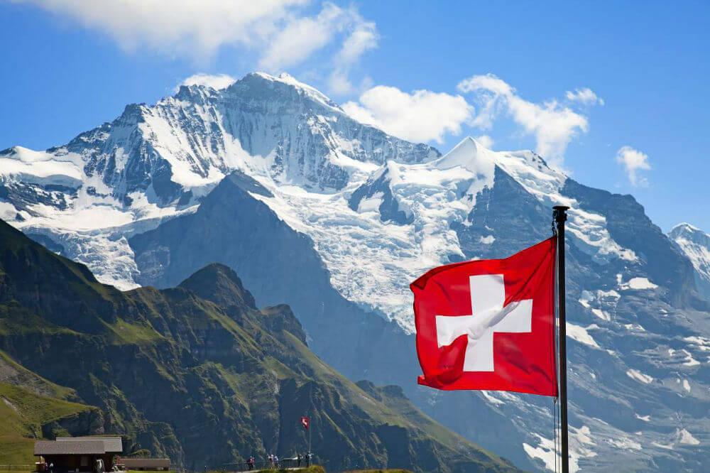 КПП на границе Швейцарии и Италии закроют на ночь