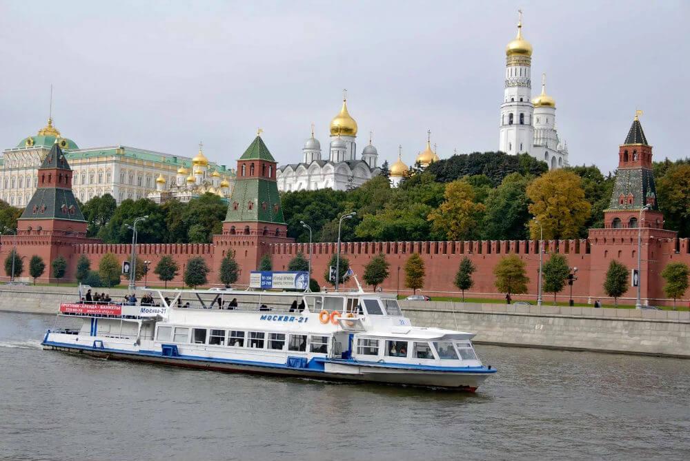 Навигация в Москве открылась