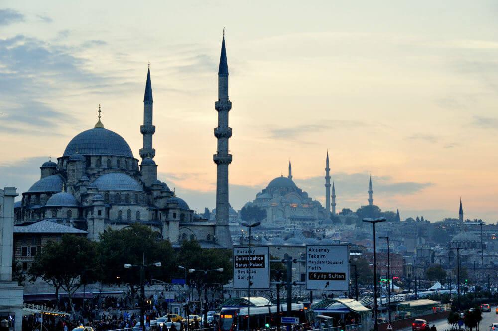 Стамбул обеспокоен