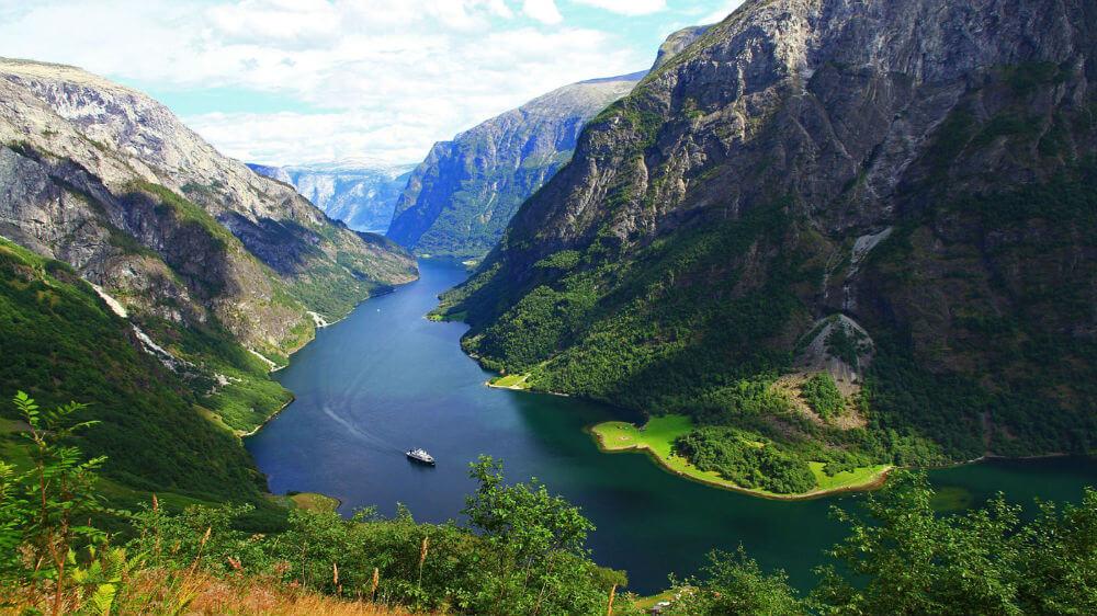 Будет запущен автобусный маршрут между фьордами