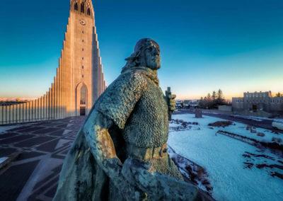 Статуя Лейфа Счастливого в Исландии