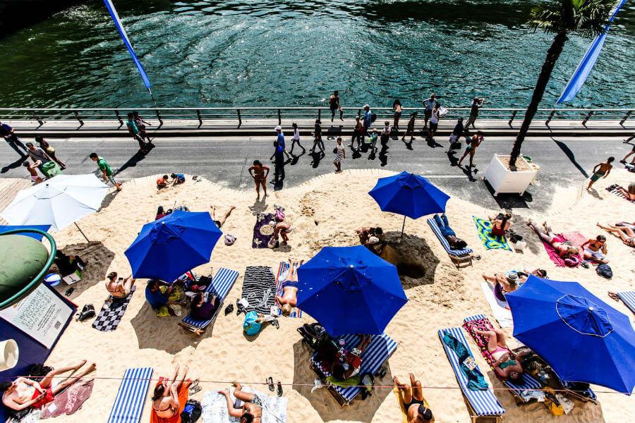 Пляжный сезон открывается в Париже