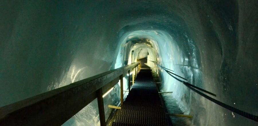 Ледяной грот, Швейцария