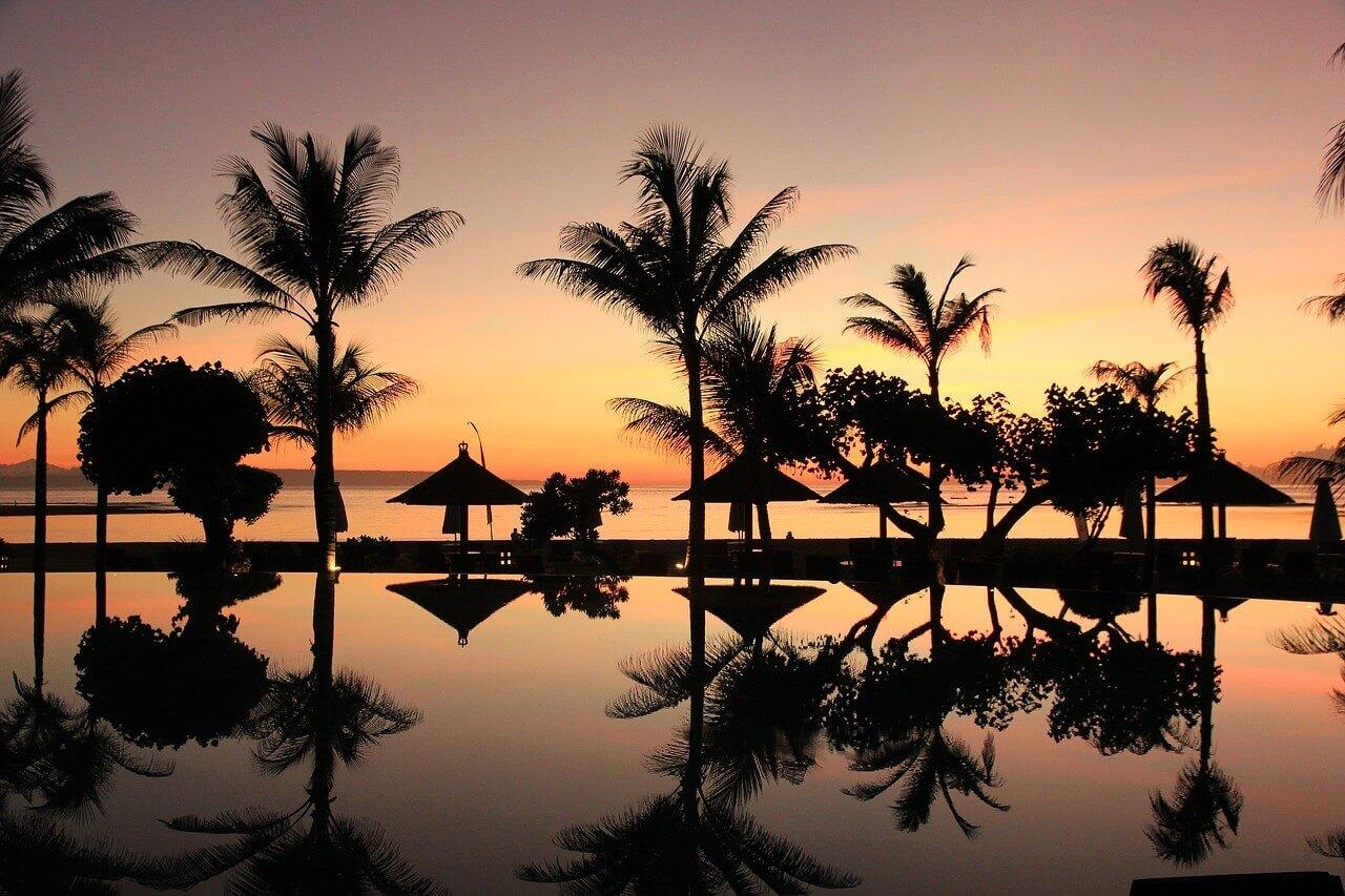 Ночной вид на Бали