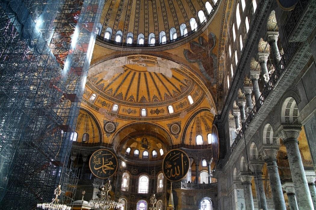 Айя-София, внутри собора