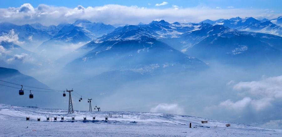 Горнолыжный курорт Кран-Монтана (Crans Montana) отличается от остальных альпийских курортов элегантностью.