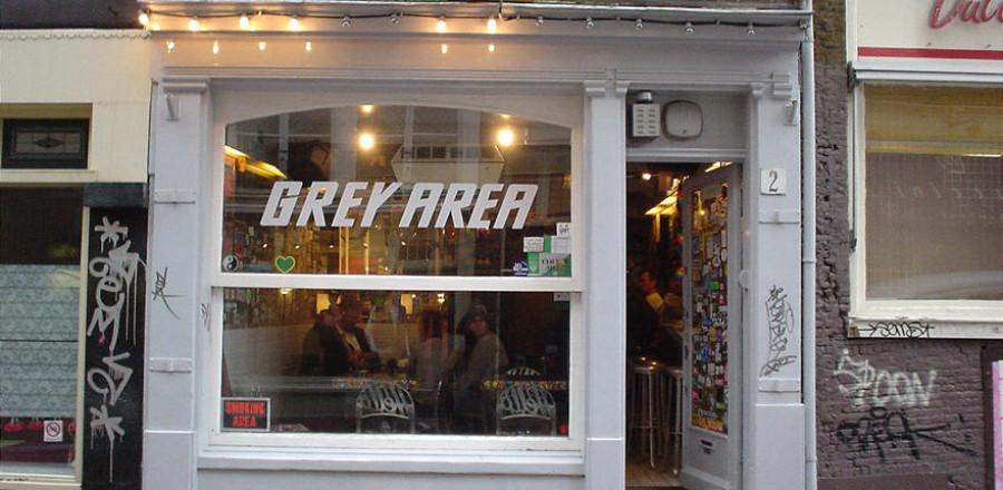 Грей эриа — один из самых известных и старейших кофешопов Амстердама