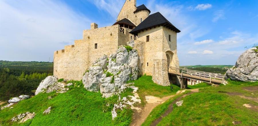 Средневековый замок Боболице