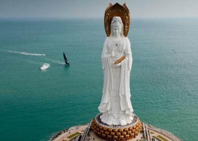 Центр буддизма Наньшань считается одной из главных достопримечательностей острова