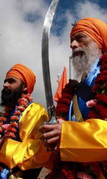 Сикхизм соединяет в себе элементы ислама и индуизма