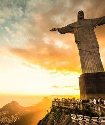 Статуя Христа Искупителя, вершина горы Корковадо