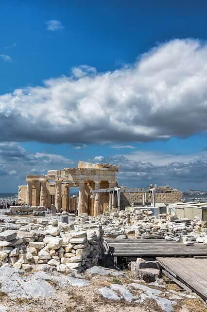 Вид на храм Парфенон