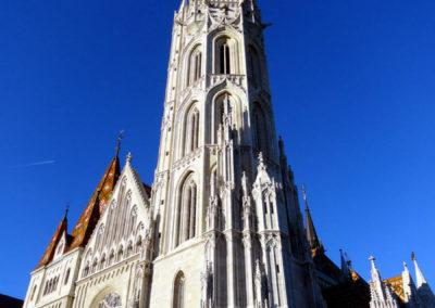 Прямое назначение Рыбацкого бастиона – архитектурный фон для церкви Матьяша