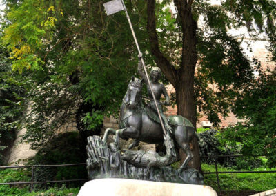 Святой Георгий убивающий дракона, Будапешт