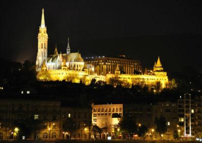 Вечерний Будапешт. Вид на Рыбацкий Бастион с Дуная