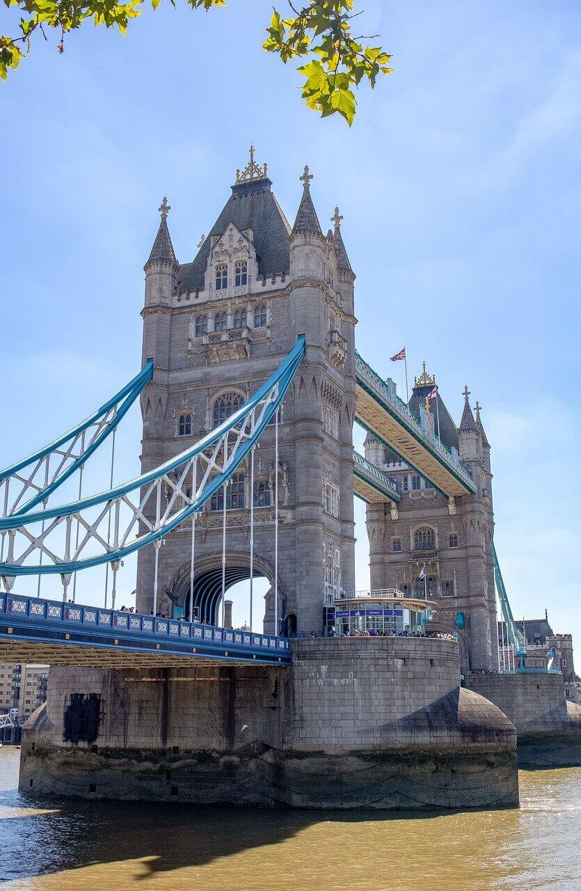 Башни Тауэрского моста