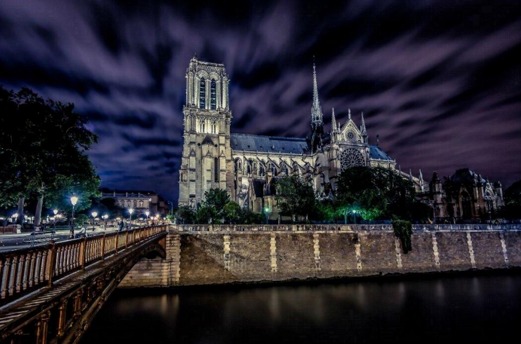 Собор Парижской Богоматери или Нотр Дам де Пари