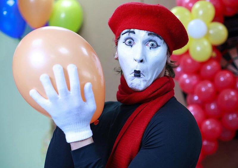 Клоуны и мимы покажут свое мастерство