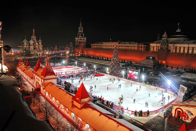Открывается каток на Красной площади