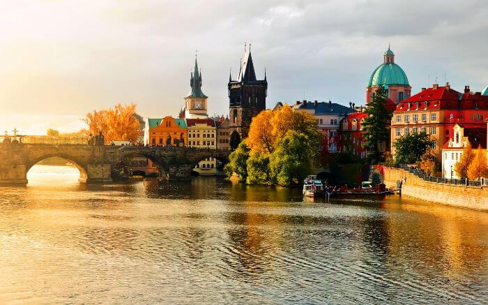 Минусы туристической Праги