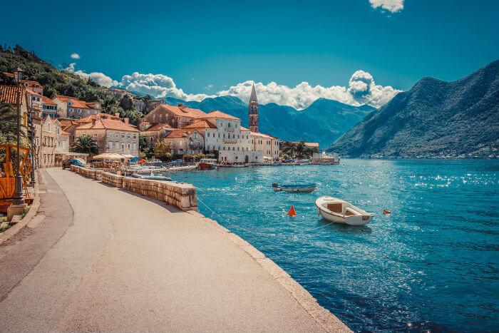 Успейте оформить визу в Черногорию за месяц до отъезда