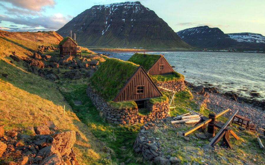 Прямой рейс из СПб в Исландию