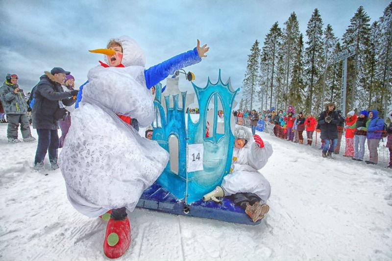 Снеговики в Екатеринбурге
