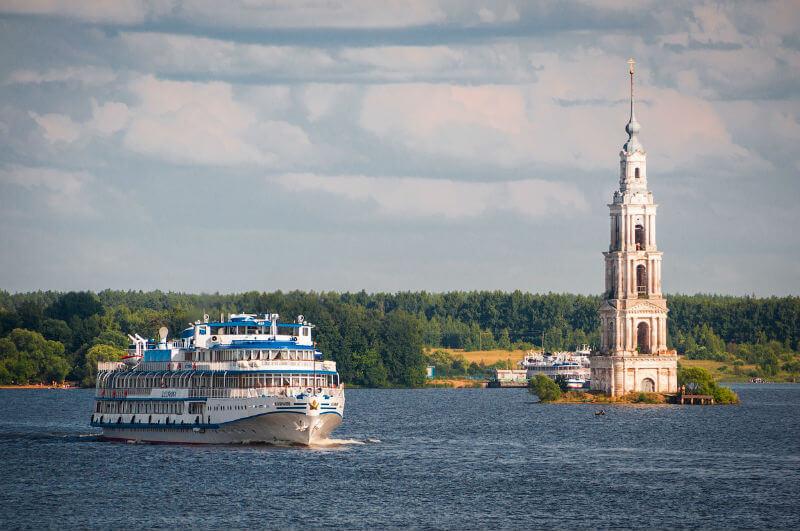 Растет популярность речного туризма