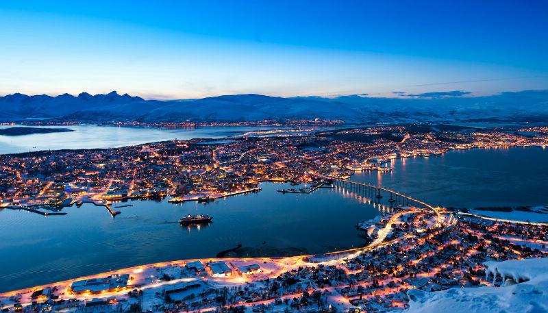 Туристы едут в Северную Норвегию
