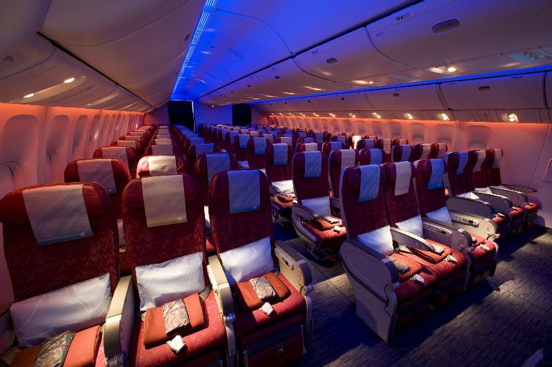 Катарские авиалинии распродают билеты