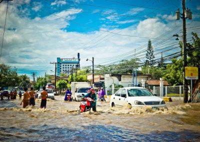 От наводнения в Таиланде погибли уже 25 человек