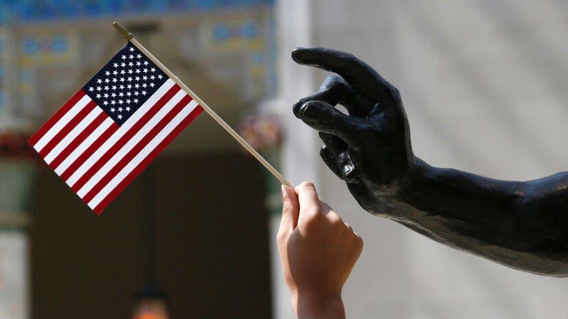 МИД предупреждает об опасности поездок в США