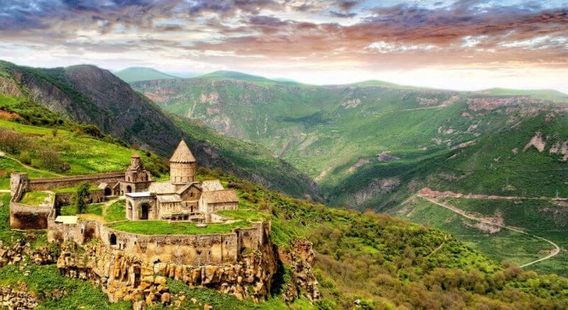 В Армению по внутренним паспортам