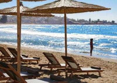 Пляж у отеля Domes Noruz Chania