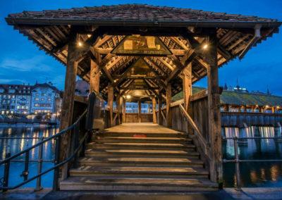 Вход на мост