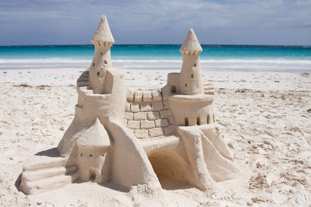 Любишь строить из песка – плати штраф