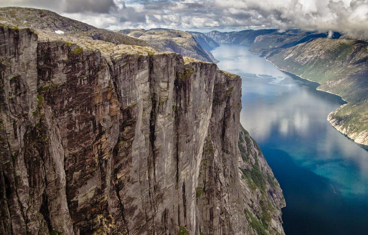 Люсефьорд — лучший выбор туристов и экстремалов