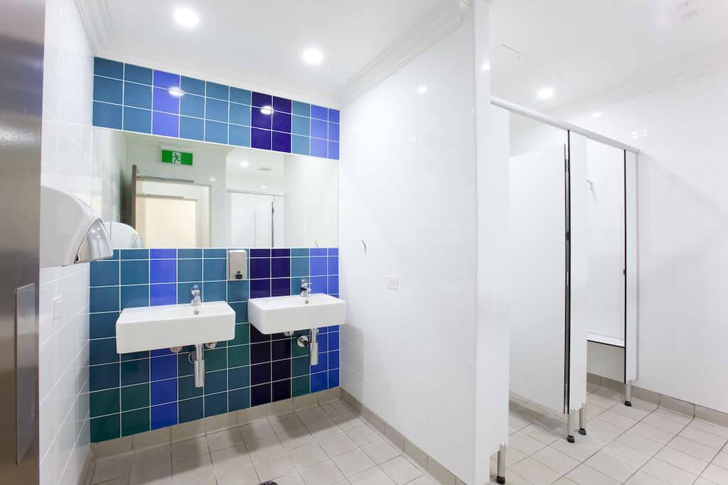 Туалетная комната в хостеле Bounce Sydney