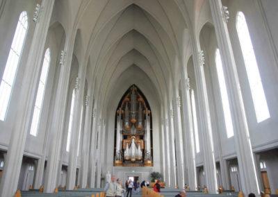 Внутри церкви Хатльгримскиркья