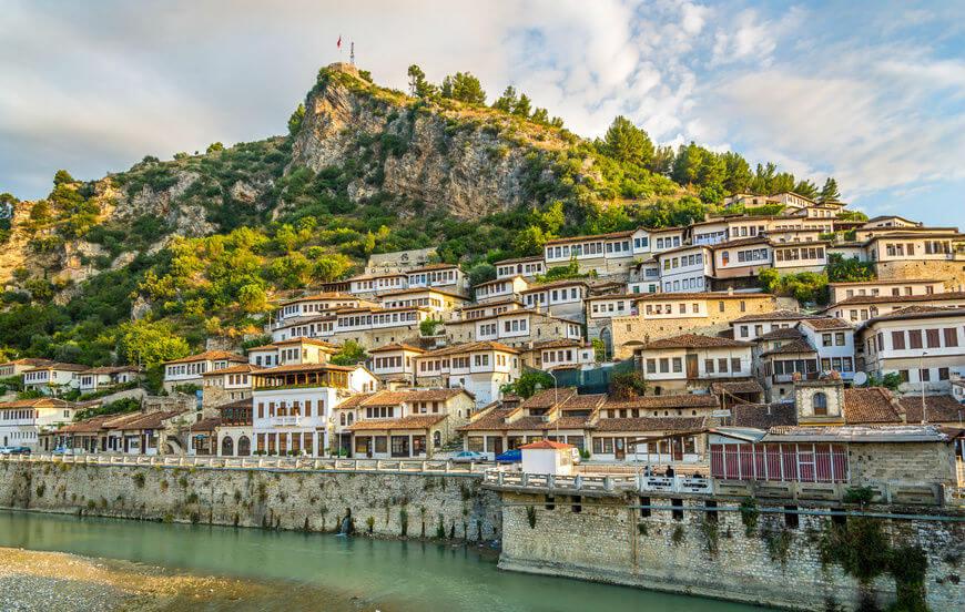 В Албанию без виз