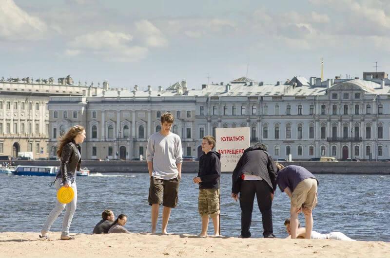 В Санкт-Петербурге купаться нельзя
