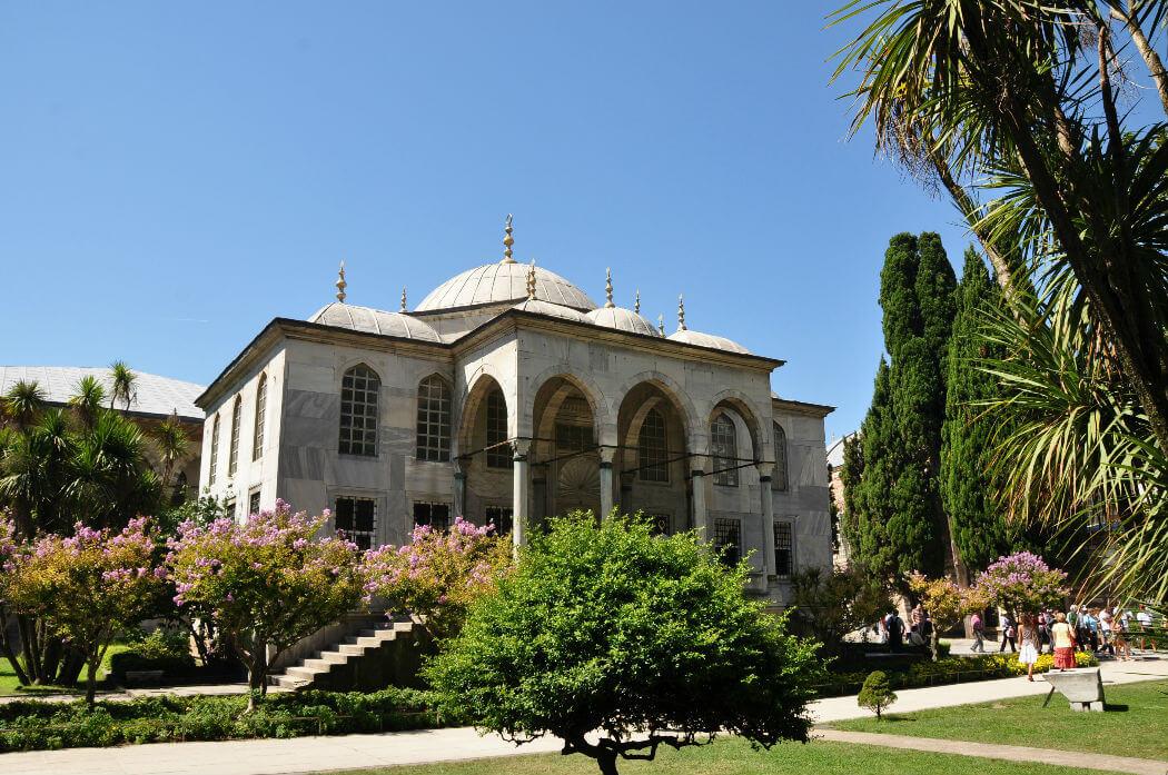 Библиотека Султана Ахмеда III. Фото Richard Mortel